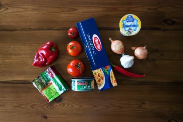suroviny na špagety